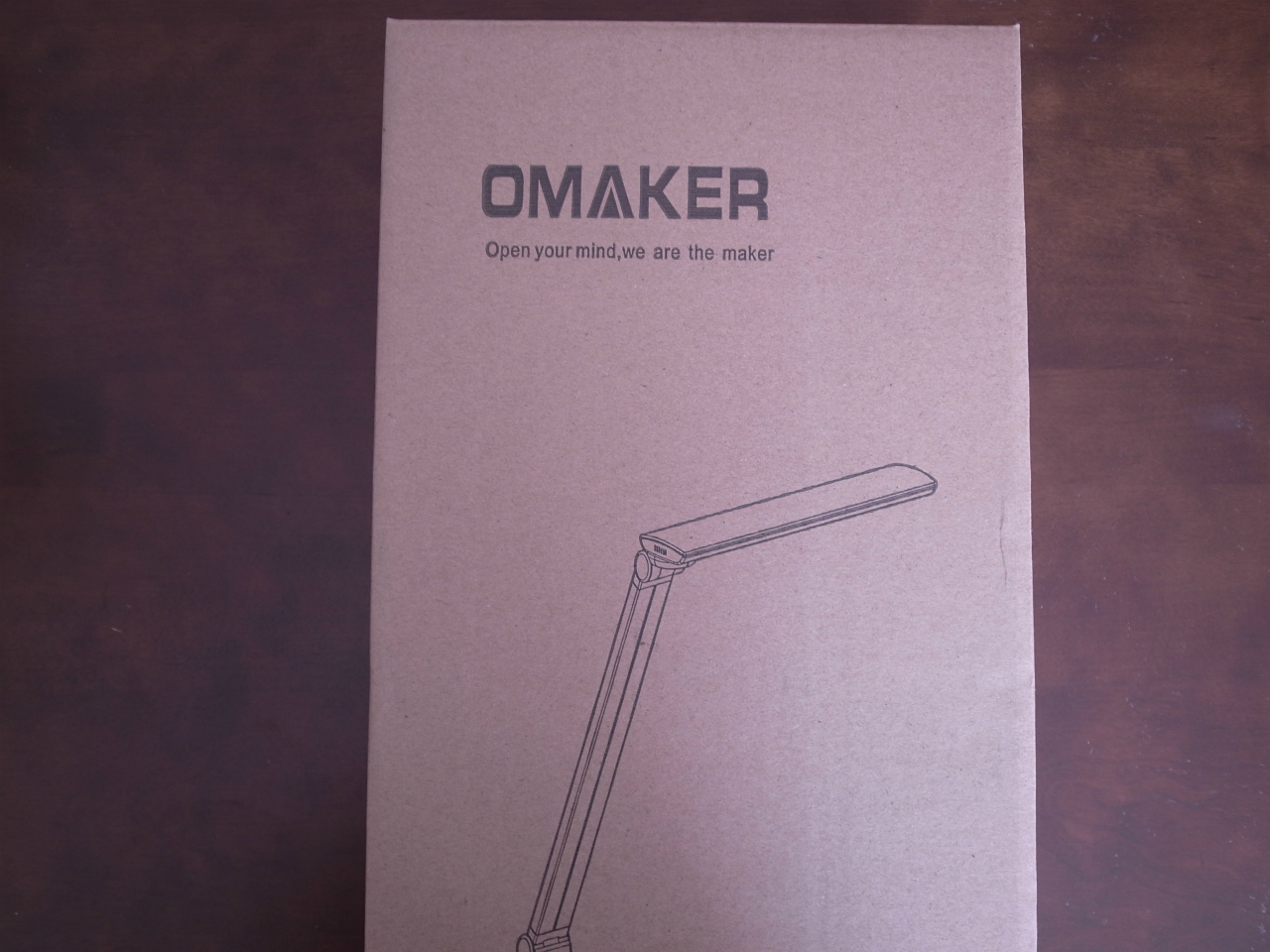 1201-201603_Omaker LED Desklight 01