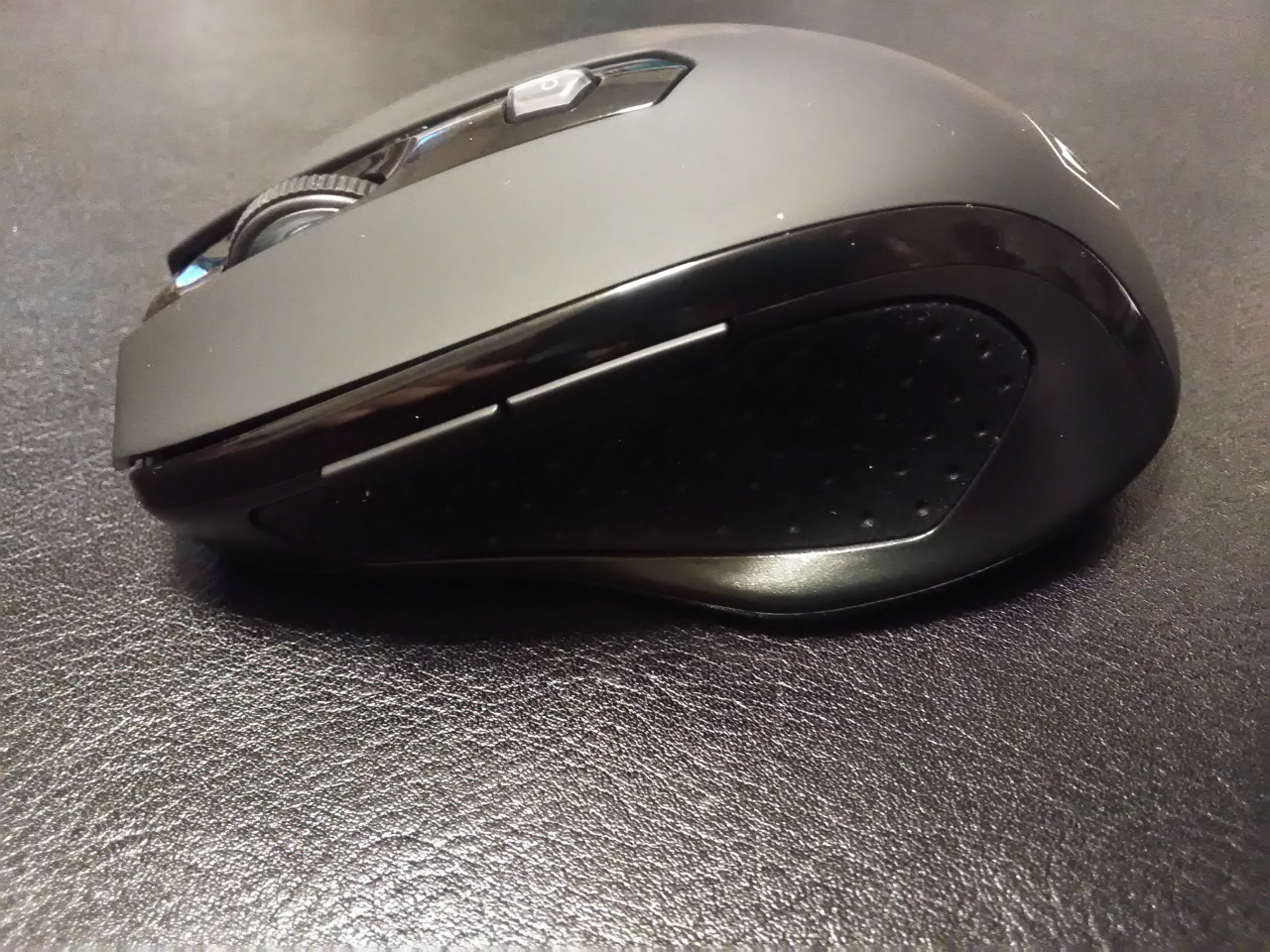 Qtuo-Wireless-Mouse-03