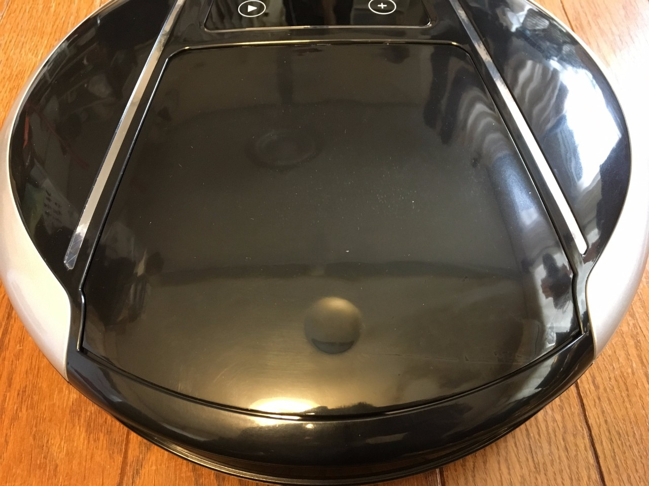 pr-evertop-robotic-vacuum-clean-09