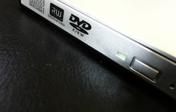 PR-Qtuo-Portable-DVD-Player-02