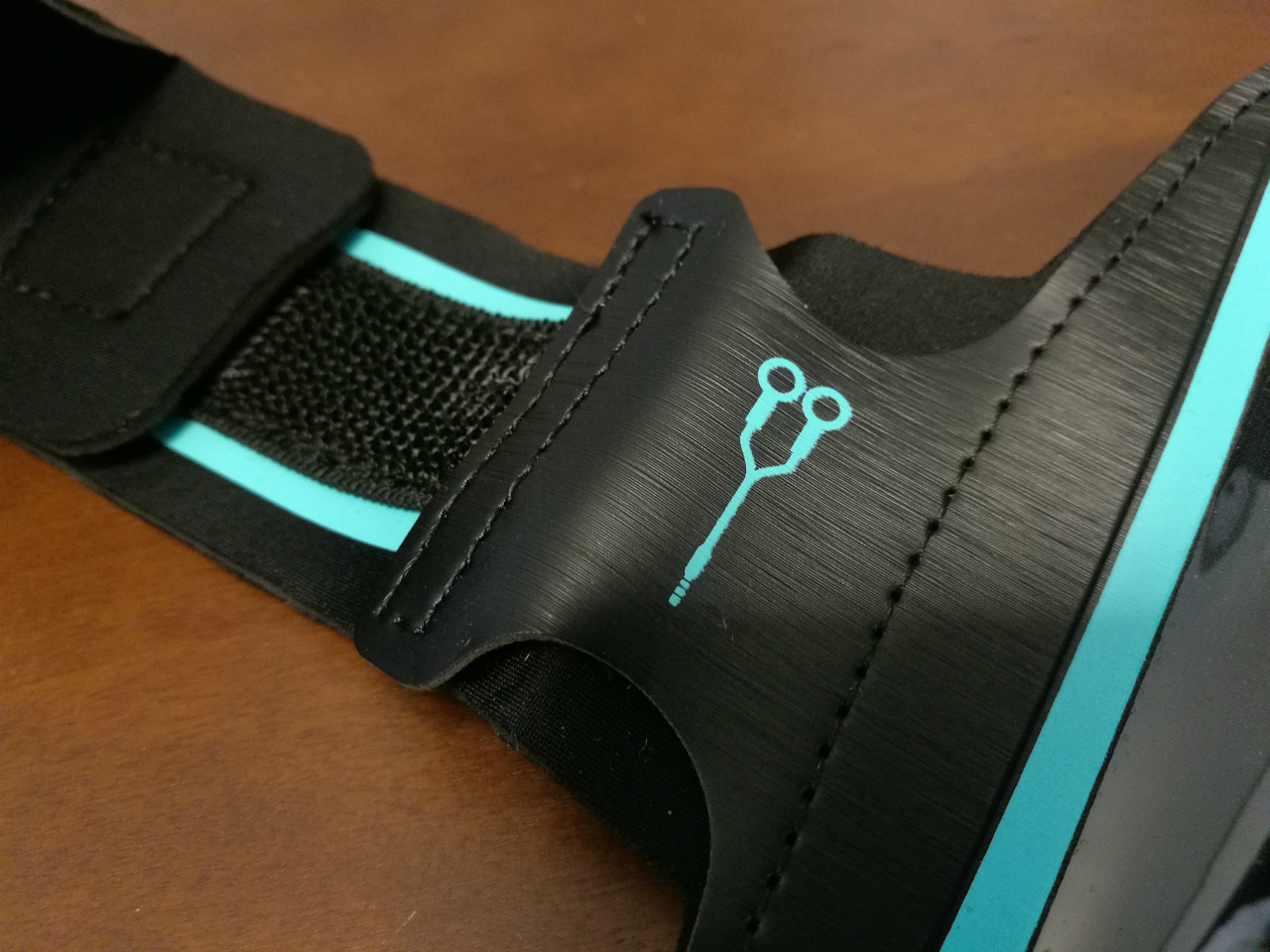 pr-anypro-sports-armband-05