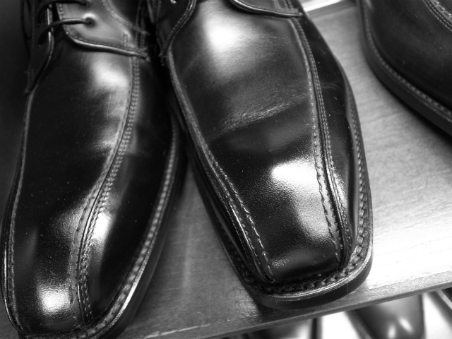 [革靴] 靴屋だった私が人気のスワールトゥをビジネスに薦めない理由。
