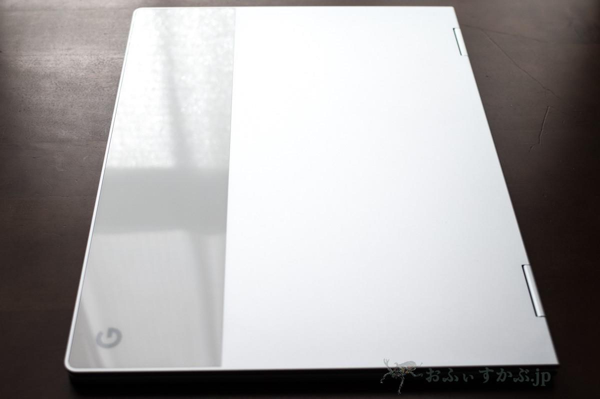 Pixelbookの10mmという薄さもポイントか。