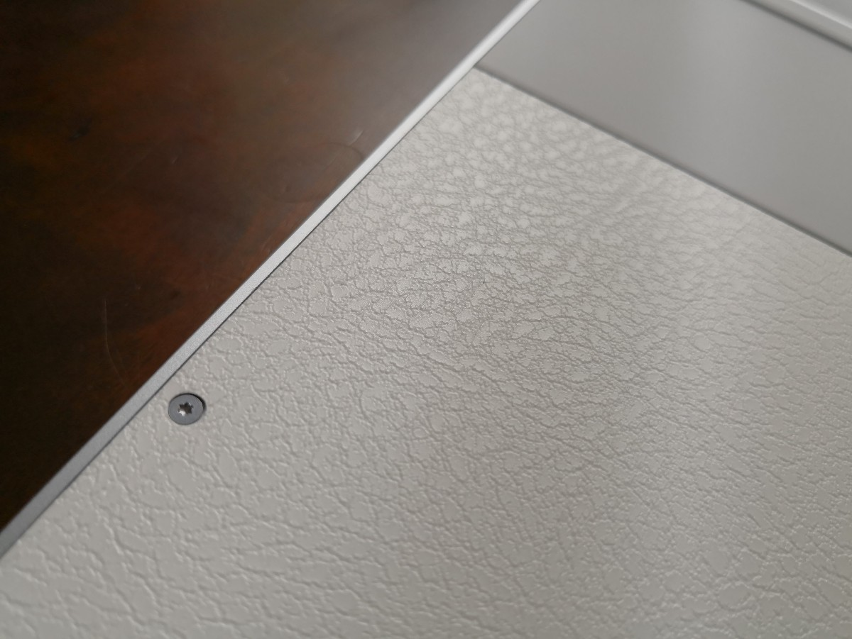 dbrand Skins & Wraps Bottom