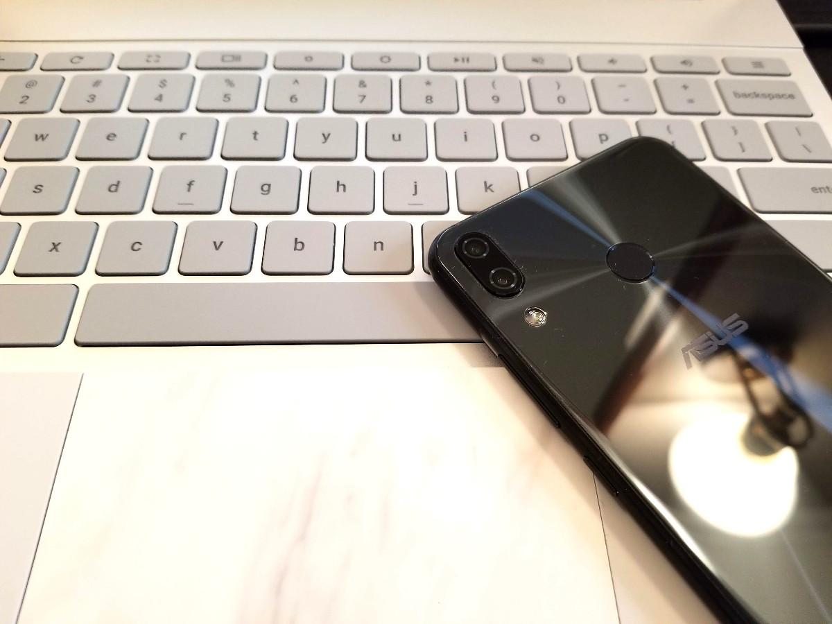 ZenFone 5とPixelbook