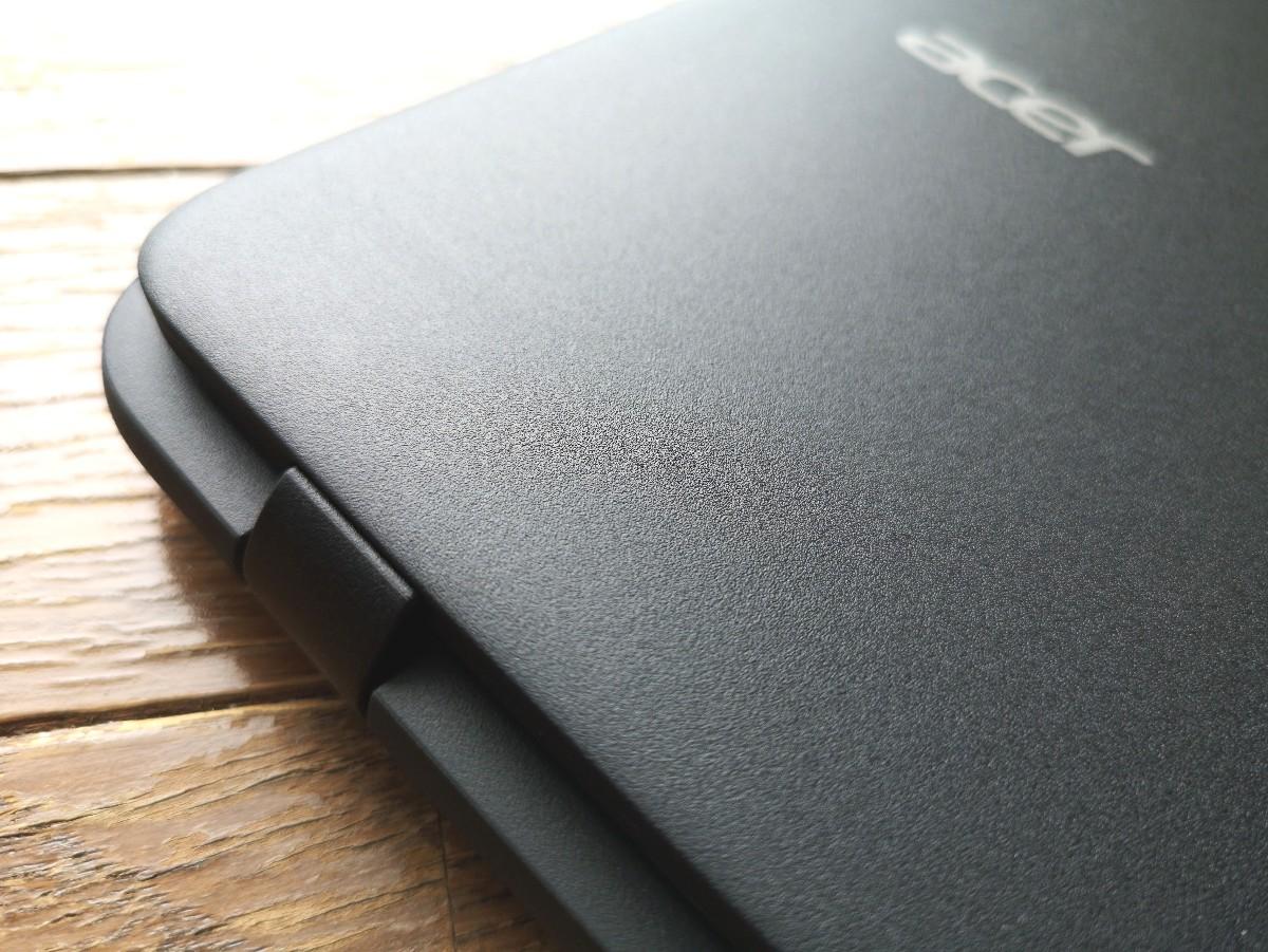 [かぶ] Acer Chromebook 11 C732レビュー。初のLTE搭載モデルは想像以上に旅のお供(友)に選びたくなるモデルでした。[PR]
