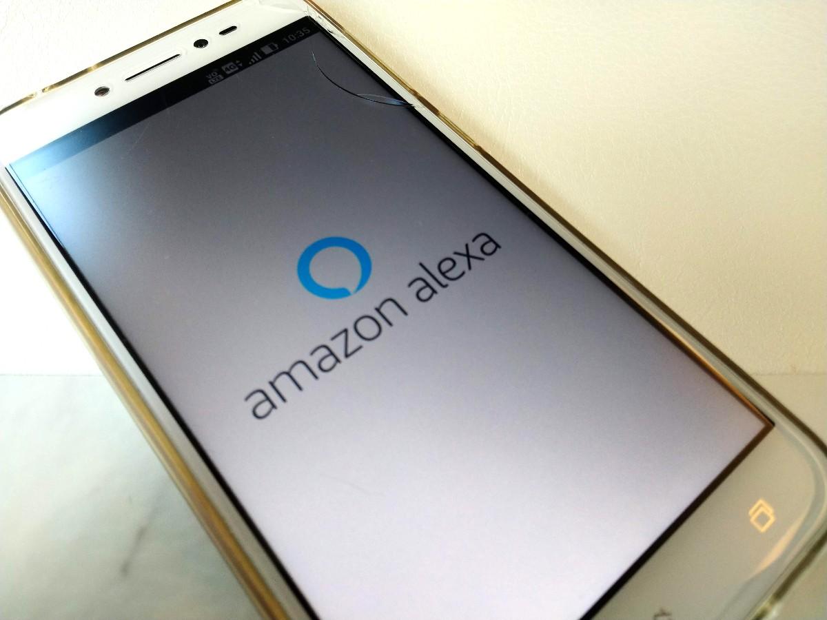 [日常] 祖母に贈るAmazon Echo Spotを導入する際に気になったハードルとそのための工夫。それでも導入する価値は十分にあると思う。