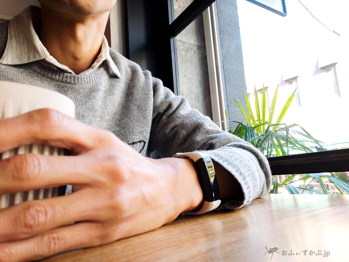 [腕時計] 伝説の時計職人フランク三浦制作のスマートウォッチ。日本四大時計メーカーの一角として力の片鱗を見せるか。使用方法とともにレビュー。