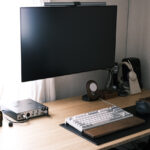"""<span class=""""title"""">[日用品] 2年愛用中のFLEXISPOTのスタンディングデスクの天板を環境にやさしい竹天板に交換しました。[PR]</span>"""